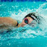 Occhi rossi in piscina: perché è bene indossare gli occhialini